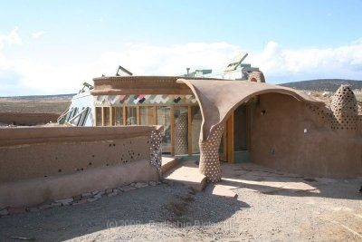 happiest earthship